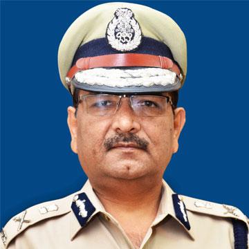 Dr. Muktesh Chander (IPS)